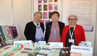 Kadın Yazarlar Kitap Fuarı'nda Ziyaretçilerini Bekliyor