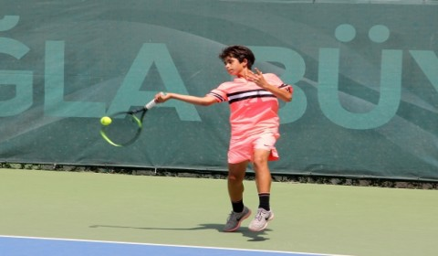 Adana'da 21. Uluslararası Tenis Turnuvası