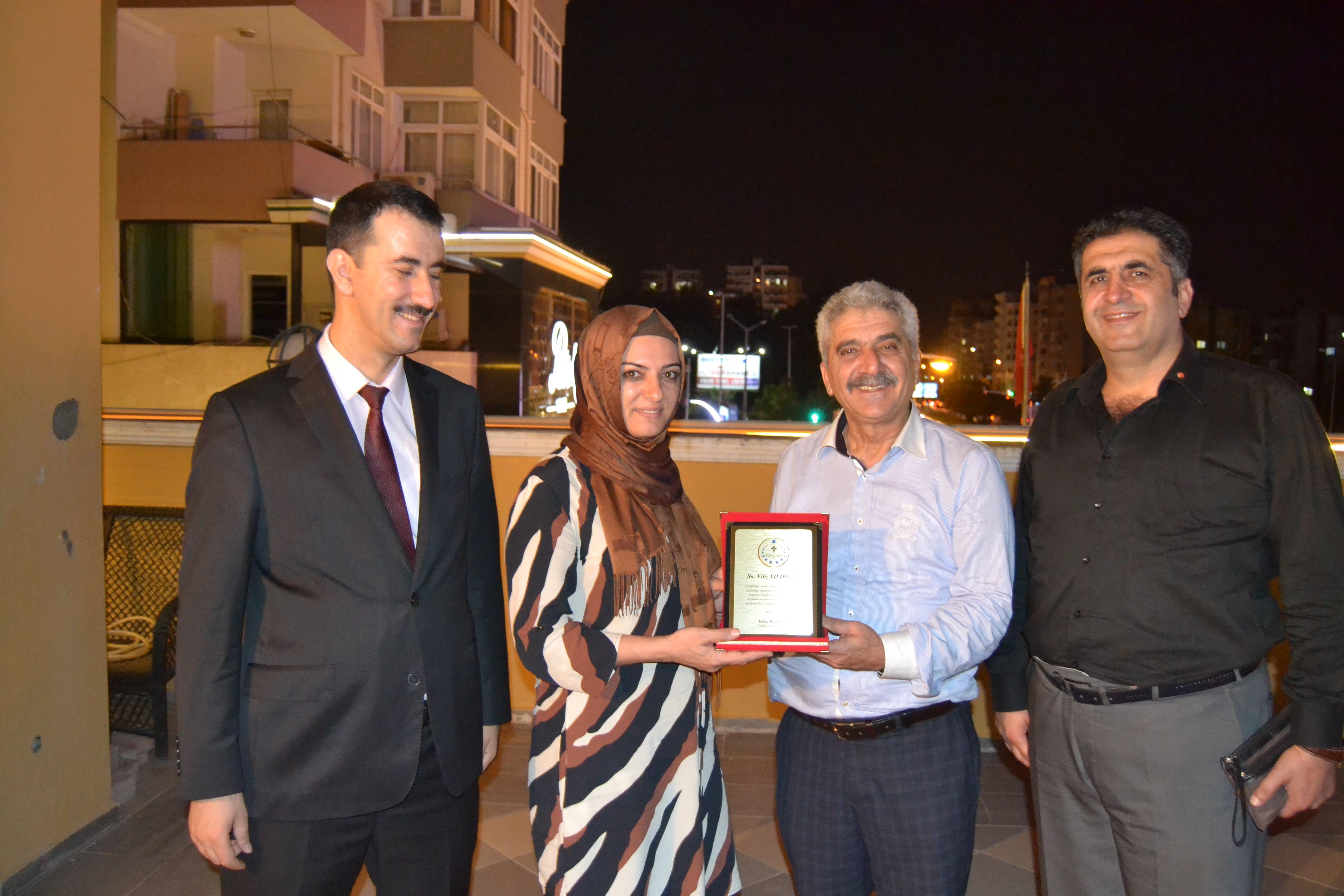 TÜMSİAD Adana Şube'den Filiz Yıldırıcı'ya Plaket