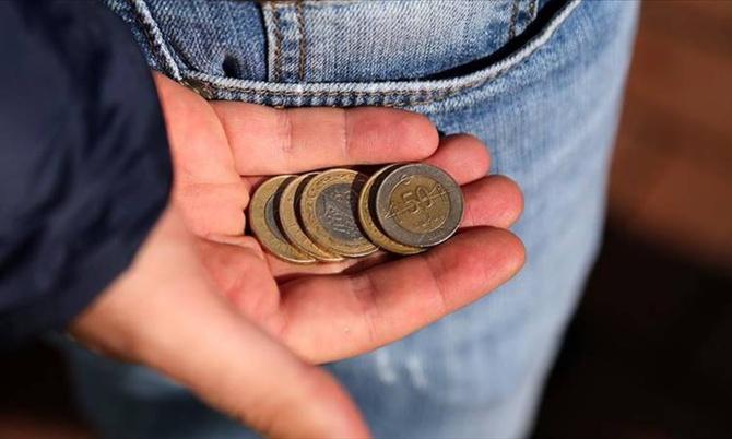 4 Kişilik bir ailenin açlık sınırı: Bin 919 Lira