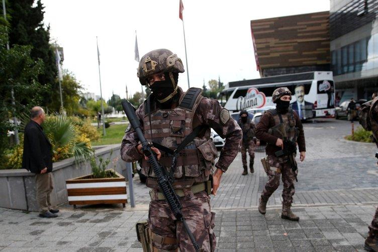 Çukurova Belediyesi'nde silahlı saldırı:2 ölü
