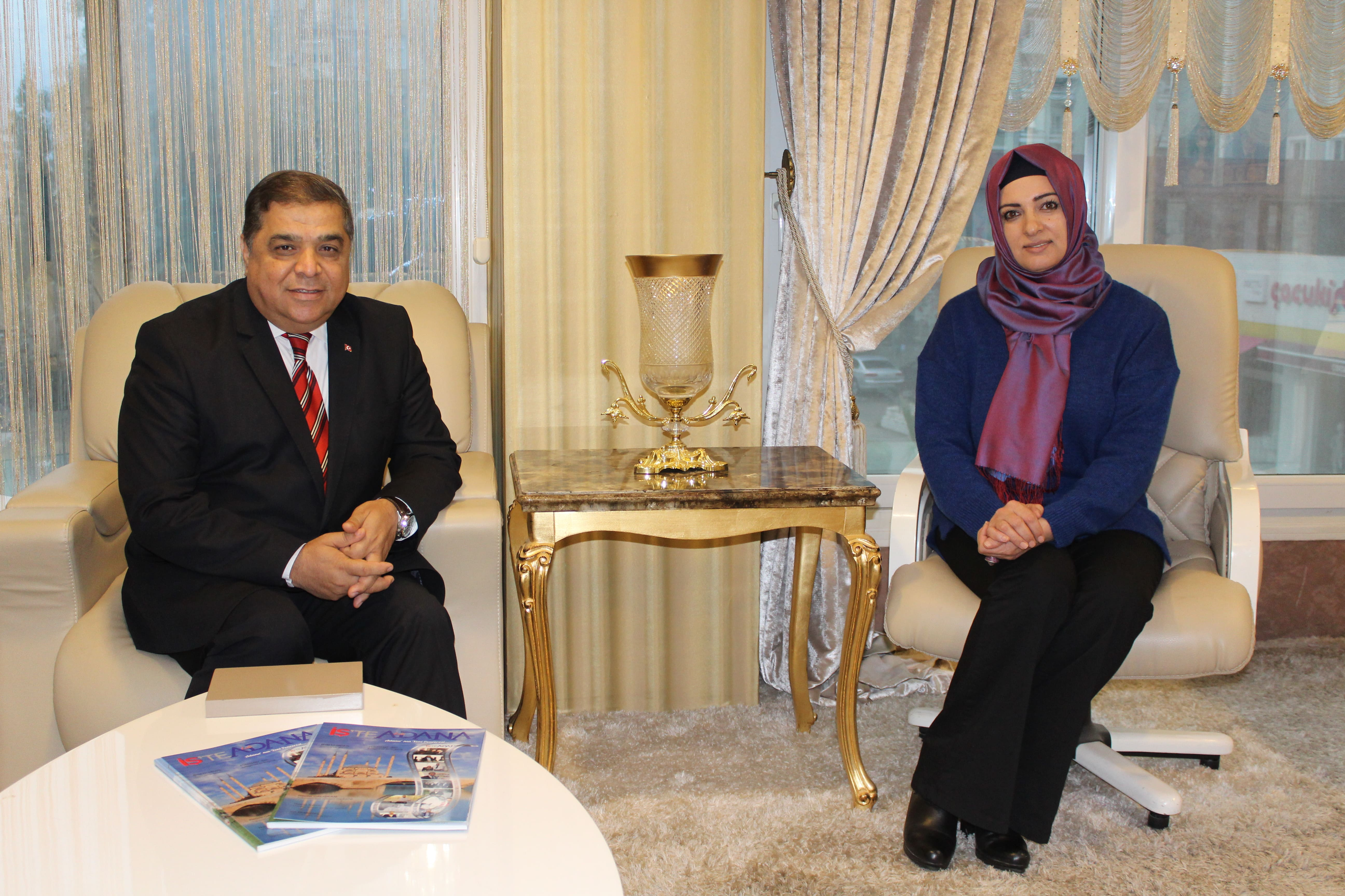 Yüreğir Meclis Üyesi A.Adayı Er'den İş'te Life Adana'ya Ziyaret