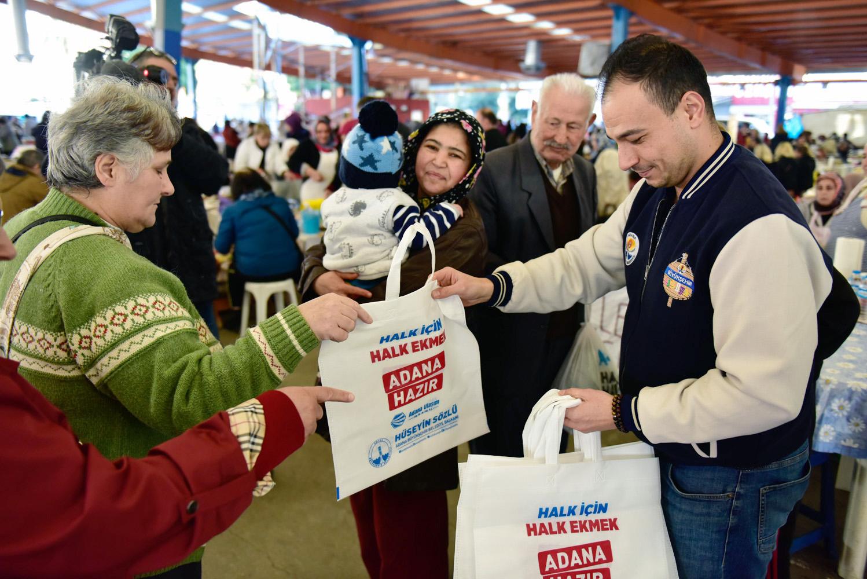 Adana Büyükşehir'den 250 bin adet bez çanta