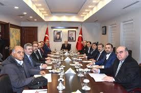 Seçim güvenliği için Vali Demirtaş parti başkanlarıyla görüştü