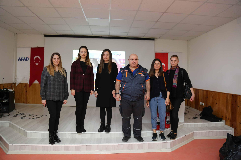 Büyükşehir'den öğrencilere afet bilinci eğitimi