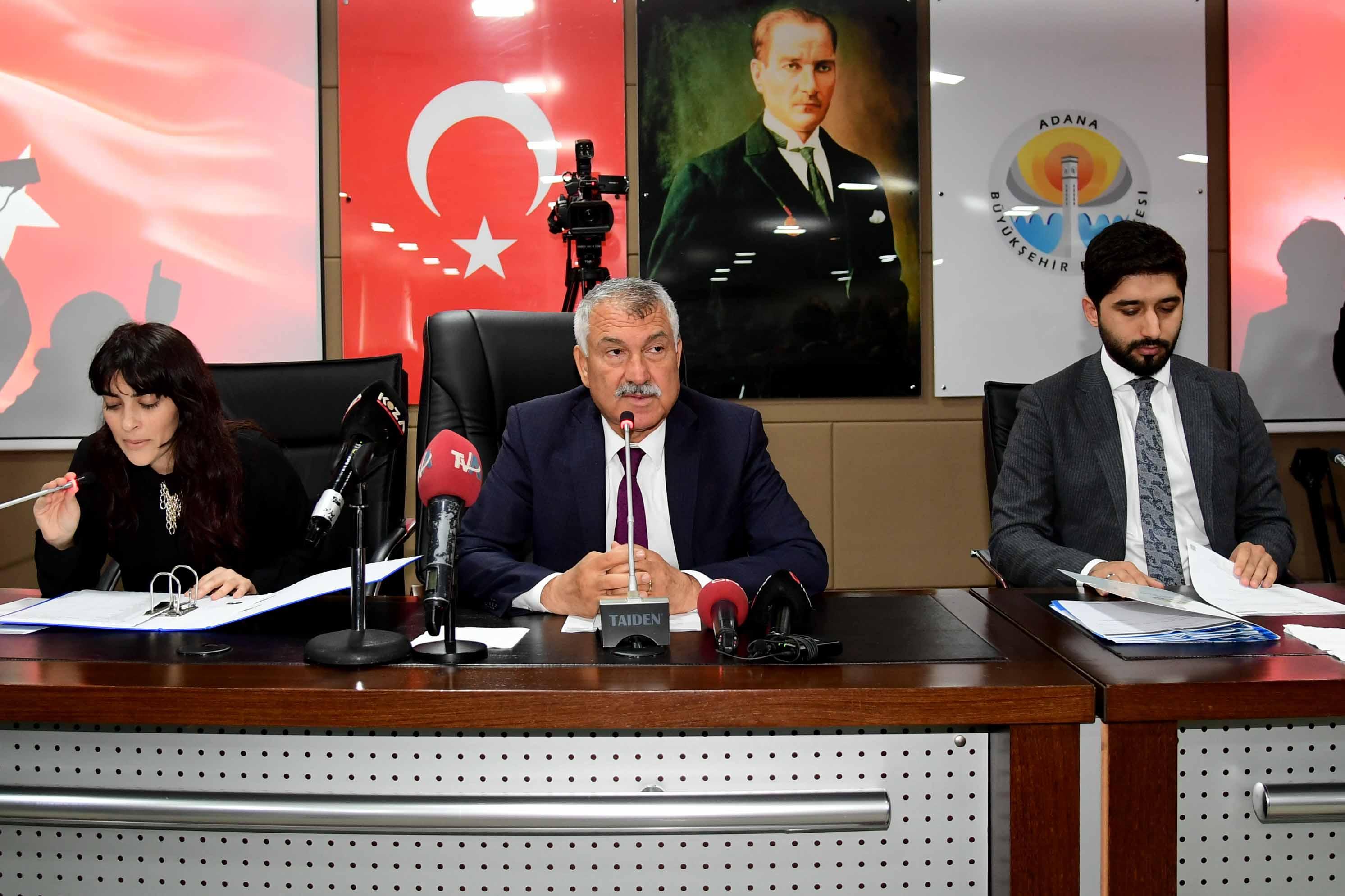 Adana Büyükşehir Belediye Meclisi, Zeydan Karalar Başkanlığında ilk toplantısını gerçekleştirdi.